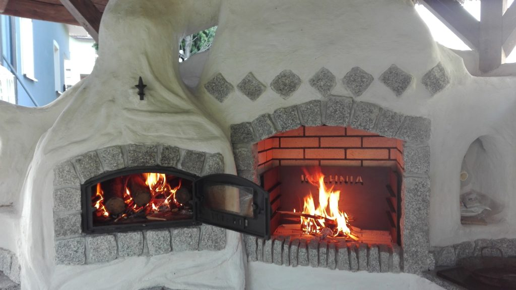 grill murowany jhgt
