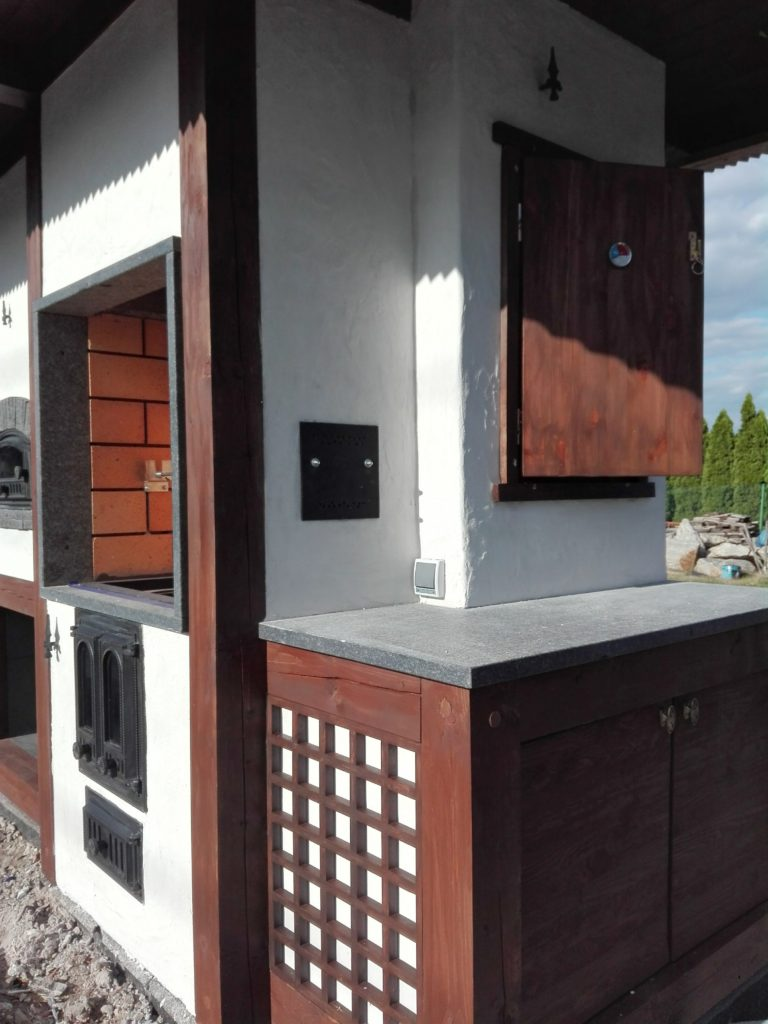 grill murowany z cegły 74
