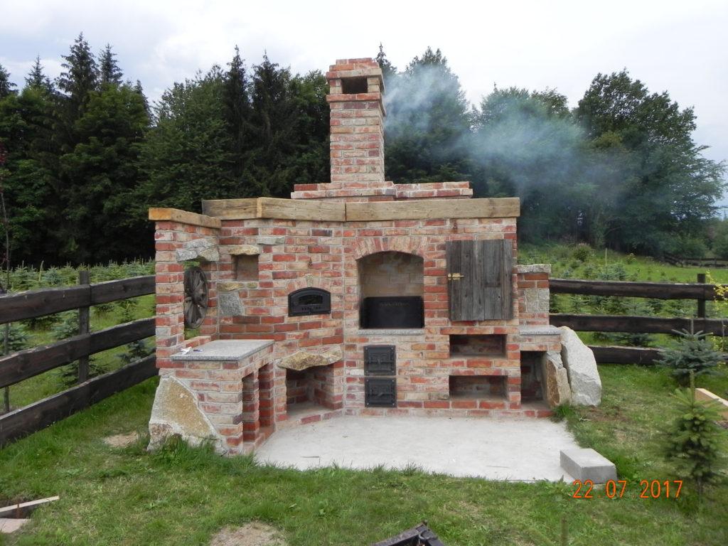 grill murowany 4