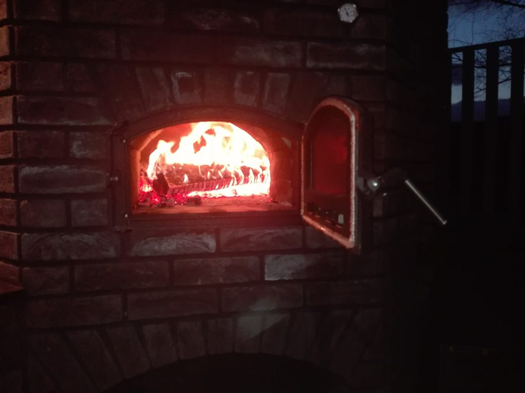 grill murowany 42