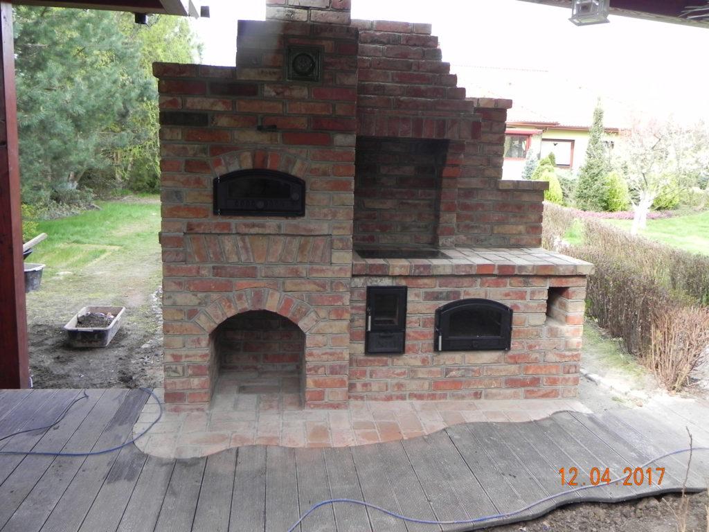 grill murowany 643